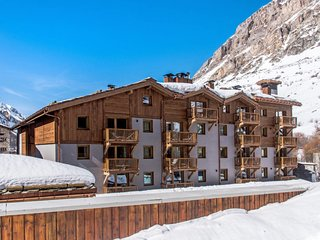 2 bedroom Apartment in Val d Isere, Auvergne-Rhone-Alpes, France : ref 5654636