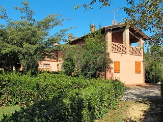 6 bedroom Apartment in Gorgognano, Tuscany, Italy : ref 5656048