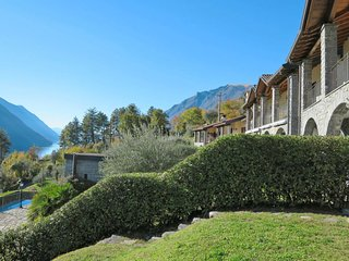 2 bedroom Apartment in Cressogno, Lombardy, Italy : ref 5656443