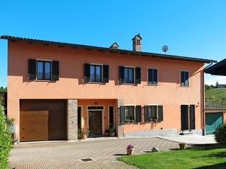 4 bedroom Apartment in Rivella, Piedmont, Italy : ref 5655121