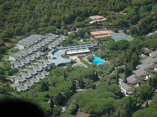 2 bedroom Apartment in Castiglione della Pescaia, Tuscany, Italy : ref 5655312