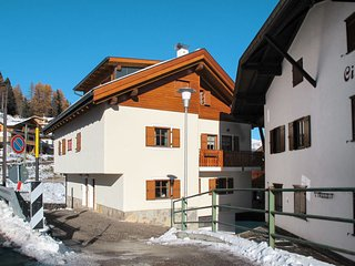 6 bedroom Apartment in Muncion, Trentino-Alto Adige, Italy : ref 5656225