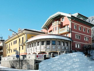 3 bedroom Apartment in Pozza di Fassa, Trentino-Alto Adige, Italy : ref 5656408