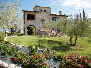 4 bedroom Apartment in Toscella, Umbria, Italy : ref 5656165
