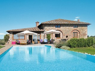 2 bedroom Apartment in Corsignano, Tuscany, Italy : ref 5656410