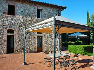 3 bedroom Apartment in Tolena, Tuscany, Italy : ref 5655492