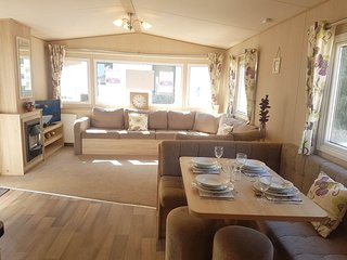 Beautiful eight berth Holiday Home Based in Shanklin on the Isle of Wight