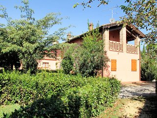 3 bedroom Apartment in Gorgognano, Tuscany, Italy : ref 5655034