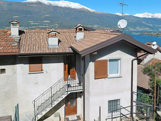 2 bedroom Apartment in Pradello, Lombardy, Italy : ref 5655458