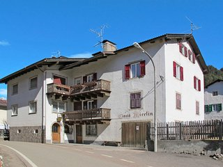 4 bedroom Apartment in Pozza di Fassa, Trentino-Alto Adige, Italy : ref 5656226