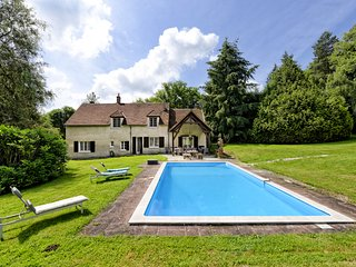 7 bedroom Villa in Les Billiens, Bourgogne-Franche-Comte, France : ref 5654870