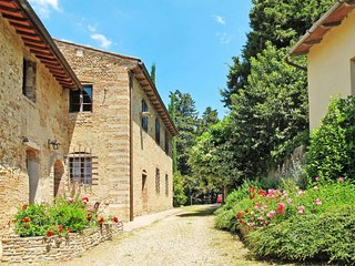 1 bedroom Apartment in Poppiano, Tuscany, Italy : ref 5655828