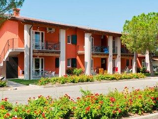 2 bedroom Apartment in Scannabue-Cascine Capri, Lombardy, Italy : ref 5655593