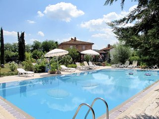 2 bedroom Apartment in Vicchio, Tuscany, Italy : ref 5655411