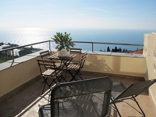 2 bedroom Apartment in Cipressa, Liguria, Italy : ref 5655604