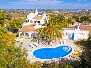 3 bedroom Villa in Porches, Faro, Portugal : ref 5654861