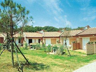 2 bedroom Villa in Zona Industriale Migliarino Pisano, Tuscany, Italy : ref 5655