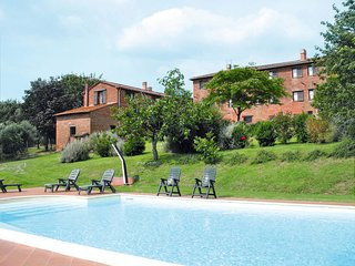 8 bedroom Apartment in Vaiano, Umbria, Italy : ref 5655313