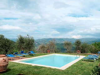 5 bedroom Villa in , Tuscany, Italy - 5655203