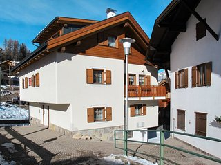 9 bedroom Villa in Muncion, Trentino-Alto Adige, Italy : ref 5656229