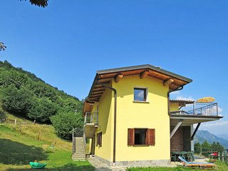 4 bedroom Villa in Corrido, Lombardy, Italy : ref 5656217
