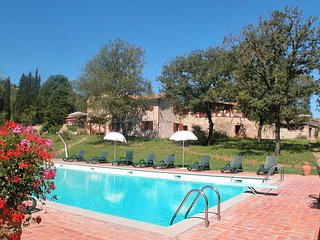 2 bedroom Apartment in Panzano in Chianti, Tuscany, Italy : ref 5656069