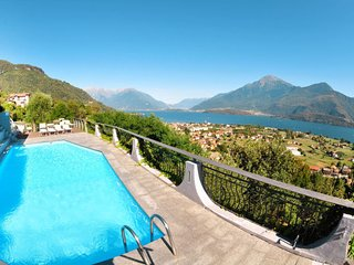 3 bedroom Apartment in Consiglio di Rumo, Lombardy, Italy : ref 5655052