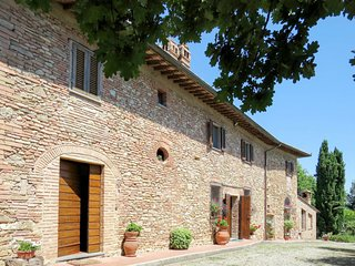 2 bedroom Apartment in Mattone, Tuscany, Italy : ref 5656393
