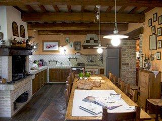 5 bedroom Villa in Toscella, Umbria, Italy : ref 5655140