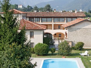 2 bedroom Apartment in Cunettone-Villa, Lombardy, Italy : ref 5656218