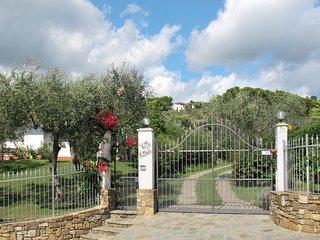 6 bedroom Apartment in Monade Santa Lucia, Liguria, Italy : ref 5655406