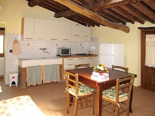 4 bedroom Apartment in Aramo, Tuscany, Italy : ref 5654964