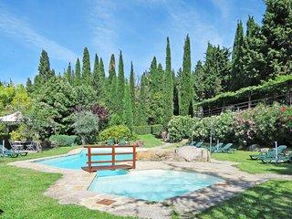 4 bedroom Apartment in Caminino, Tuscany, Italy : ref 5655136