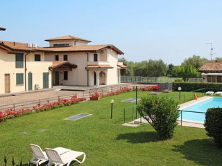 1 bedroom Apartment in Cunettone-Villa, Lombardy, Italy : ref 5655000