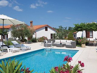 3 bedroom Villa in Kunj, Istria, Croatia : ref 5656579
