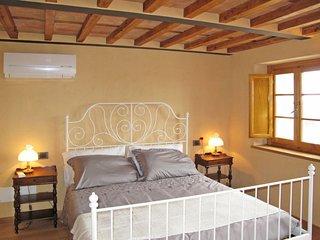 6 bedroom Villa in Capanne di Licetro, Tuscany, Italy : ref 5655893