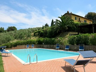 2 bedroom Villa in Collelungo, Tuscany, Italy - 5656373