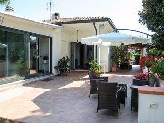 2 bedroom Villa in Parrana San Giusto, Tuscany, Italy : ref 5655929
