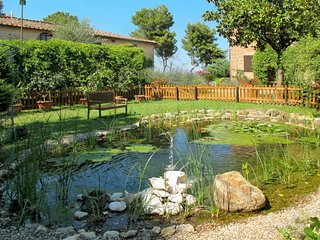 2 bedroom Apartment in Fattoria del Castagno, Tuscany, Italy : ref 5655368