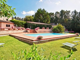 2 bedroom Apartment in Selvamaggio, Tuscany, Italy : ref 5656332