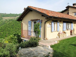 2 bedroom Villa in , Piedmont, Italy - 5656453