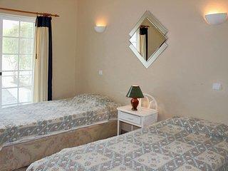 3 bedroom Apartment in Porches, Faro, Portugal : ref 5656565