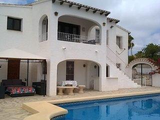 Villa indipendente con piscina grande para 6 personas