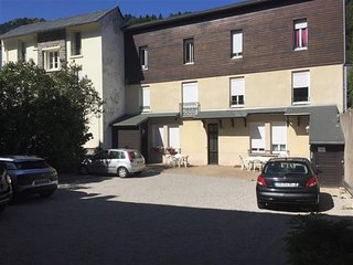 RESIDENCE LE BUISSON F3 AVEC PARKING