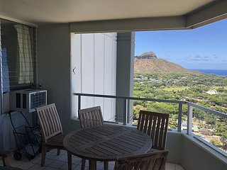 Enjoy unobstructed ocean views of Waikiki, and Diamond Head from 33rd floor