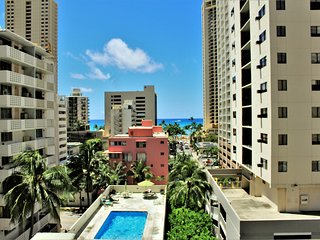 Waikiki Park Heights One Bedroom With Ocean View