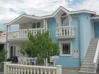 Ferienwohnung 4502-1 für 4+2 Pers. in Zaton (Zadar