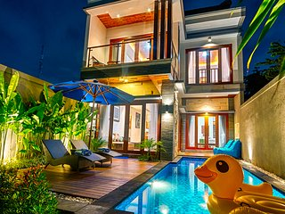 2018 SEMINYAK BRAND NEW! 3 BR Private Pool Villa