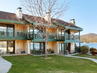 Snow Lake Lodge at Big Bear, 1 bdrm., sleeps 4 Sept. 28- Oct. 5, Only $299/Week!