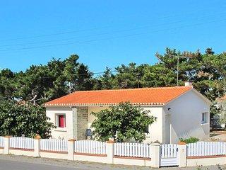 3 bedroom Villa in Bretignolles-sur-Mer, Pays de la Loire, France : ref 5448075